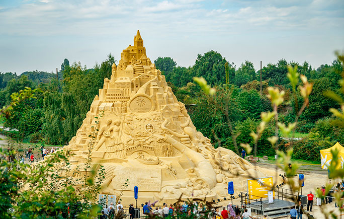 Largest sandcastle