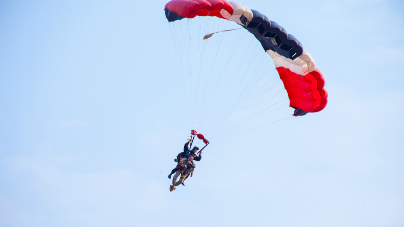 First skydiving anti poaching dog 5