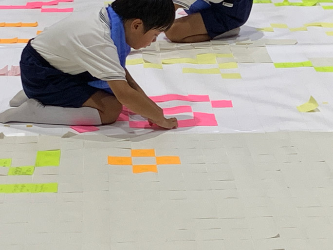 Largest-sticky-note-mosaic-2