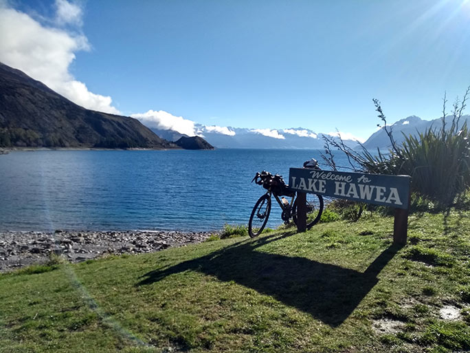 New Zealand's Lake Hawea